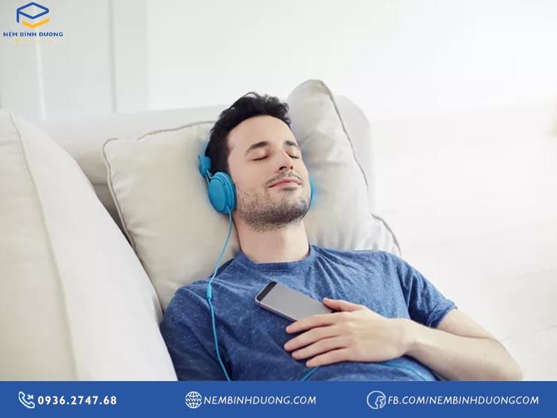 Nhạc cho người mất ngủ. Top 4 thể loại nhạc mất ngủ bạn nên nghe - Nệm Bình Dương